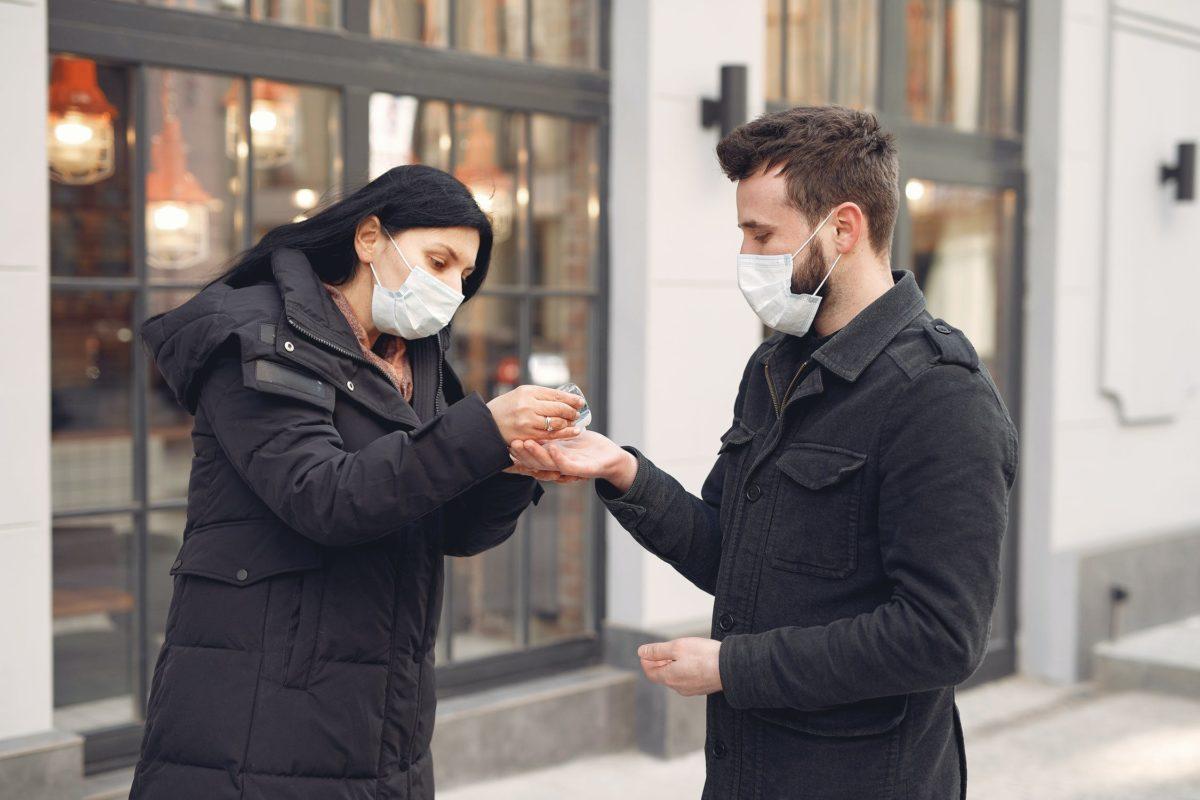 Dėl asmens apsaugos priemonių ir dezinfekcinio skysčio pardavimo karantino laikotarpiu pripažinimo netekusiu galios